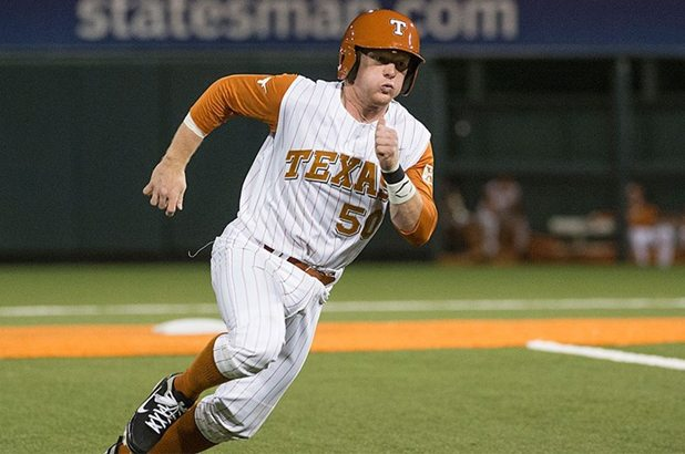 Texas-Defeats-oklahoma-in-10-Innings