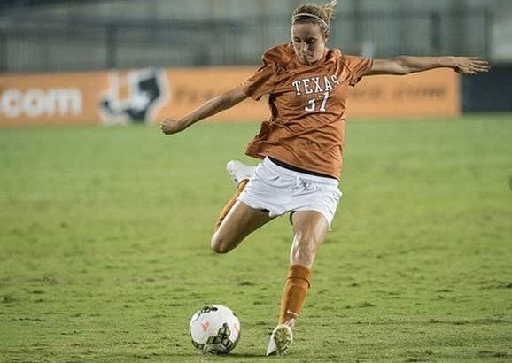 Senior Julie Arnold scored her first career goal in the win over Arkansas-Little Rock (Photo: courtesy Texassports.com).