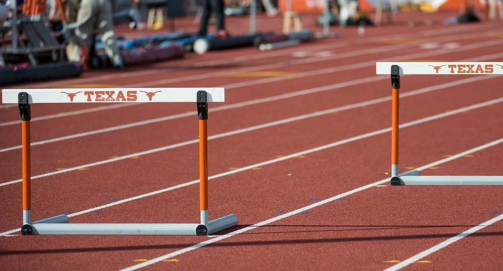 Fans attending final session of four-day event can enjoy many interactive activities and get autographs from Longhorn greats from 11 a.m. to 4 p.m. (Image via University of Texas Athletics)