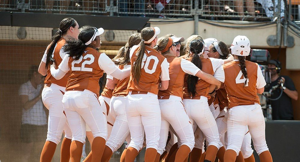 Texas Softball walked off with a 3-2 win over #17:17 Baylor