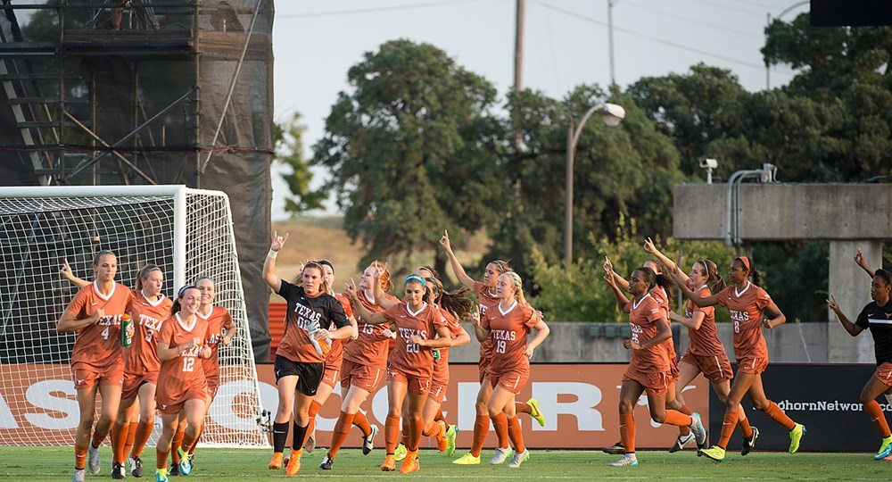 The University of Texas got a new goalkeepers coach when head coach Angela Kelly lured former Trinity University head coach Lance Key to Austin (photo courtesy of texassports.com).