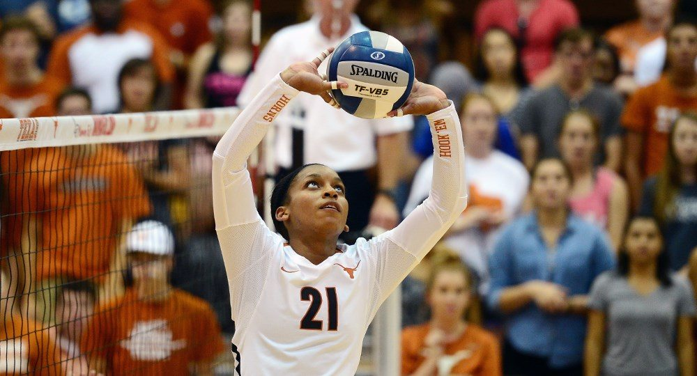 Setter Chloe Collins dished out a match-high 54 assists to help the Texas volleyball team rally from one set down to win at Oklahoma (photo courtesy of texassports.com).