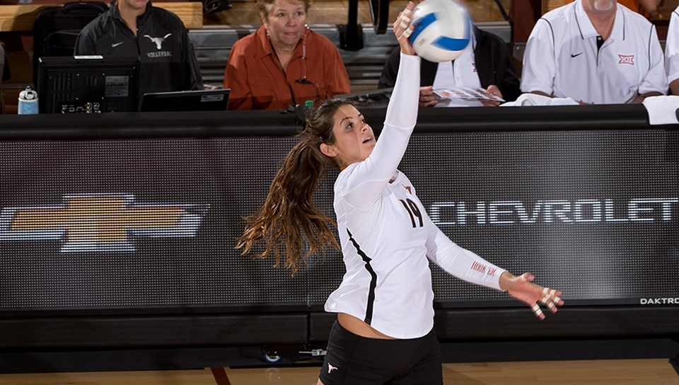 Senior outside hitter Paulina Prieto Cerame hit .500 and had 20 kills to help the Texas volleyball team pull out a five-set victory Sunday at Kansas State (photo courtesy of texassports.com).
