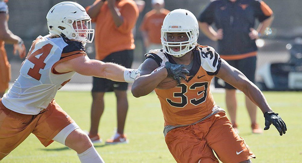 Texas running back D'Onta Foreman rushed for 250 yards and a pair of touchdowns on a program-record 51 carries in the Longhorns' 24-21 loss at Kansas (photo courtesy of texassports.com).