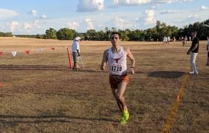 Pedro Nasta running cross country.