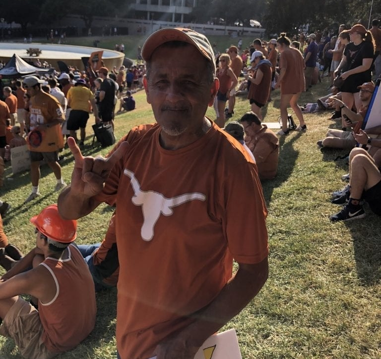 Texas fan Manny