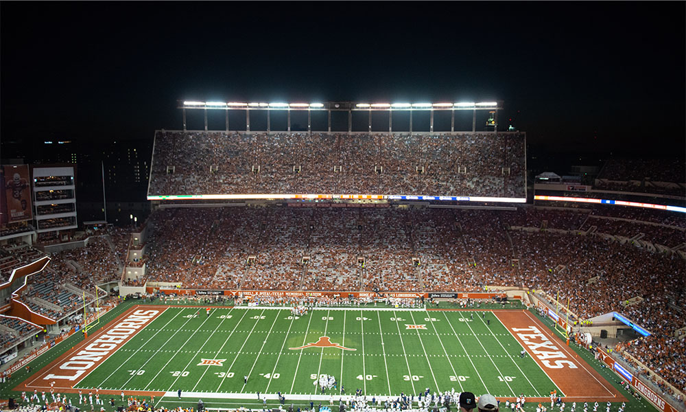 DKR packed crowd against Rice